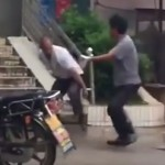 "This ""Intense"" Kung Fu Fight In Real Life Exposes The Difference Between Expectation & Reality"