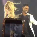 Watch Beyoncé Orchestrate A Marriage Proposal For Her Dance Captain On Stage