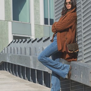 How To Wear Flares Without Looking Like You Just Stepped Out Of A 70′s Catalog