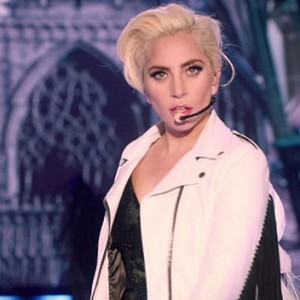 Watch Lady Gaga Steal The 2016 Victoria's Secret Fashion Show With This Showstopping Performance