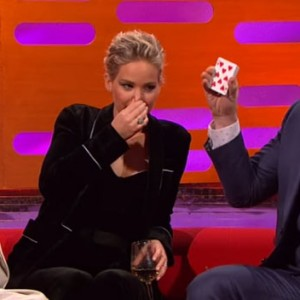 Chris Pratt's Epic Card Trick Fail In Front Of Jennifer Lawrence Is The Best Thing You'll See All Day