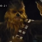 "This Deleted Scene From ""Star Wars: The Force Awakens"" Shows Chewbacca Ripping Off Unkar Plutt's Arm"