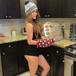 The Sexiest Weather Girl Decided To Make Brownies While Wearing The Skimpiest Shorts. Seconds Later… OMG