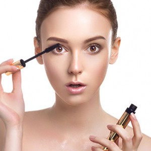 How Your Daily Makeup Routine is Affecting Your Skin