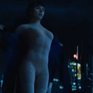 "The First 5 Minutes Of ""Ghost In The Shell"" Starring Scarlett Johansson Has Just Dropped And It's Seriously HECTIC"