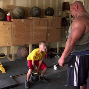 Meet The Strongest Family In The World… Prepare To Be Blown Away