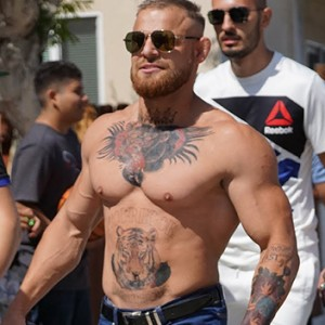 This Man Pretended To Be Conor McGregor And Walked Out On The Streets. Seconds Later… OMG