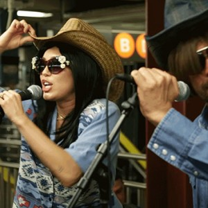 Miley Cyrus And Jimmy Fallon Decided To Give A Subway Performance In Disguise… The Result Was Totally EPIC