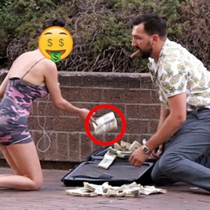This Prankster Dropped A Million Dollars Out Of His Bag Just To See How People Would React