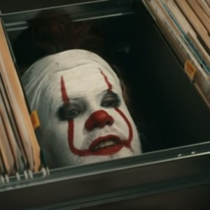 "This Man Called The I.T. Department. Seconds Later… The Creepy ""IT"" The Clown Showed Up!"