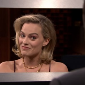 "Watch Margot Robbie Try To Take On Jimmy Fallon In A Game Of ""Box Of Lies"""