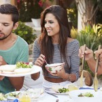 5 Good Reasons Why Eating Together Is  A Lot Healthier For Families