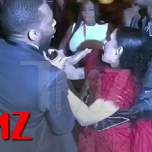 Cardi B Just Attacked Nicki Minaj At A New York Fashion Week Party… OMG