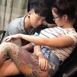 Pretty Woman Distracts Tattoo Artist With Her Massive Boobs. Seconds Later… OMG