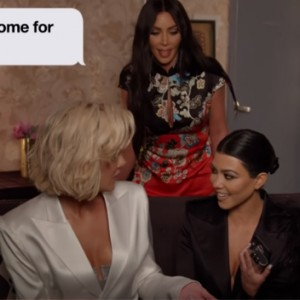 Jimmy Kimmel Just Proved That Even Celebs Get Cringeworthy Texts From Their Moms