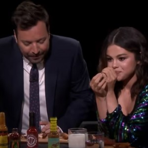 Watch Selena Gomez and Jimmy Fallon Cry While Eating Spicy Wings (Hot Ones)