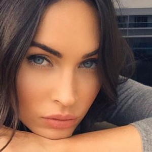 Megan Fox Releases An Official Statement As Fans Demand Michael Bay To Apologize To Her